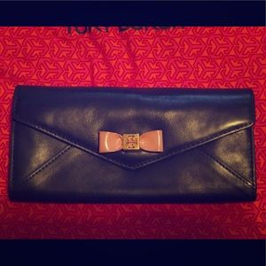 Tory Burch Envelope Bow Wallet